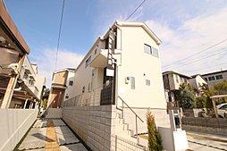 【小学校は徒歩5分。緑あふれる公園が点在した街】 多摩市和田3...