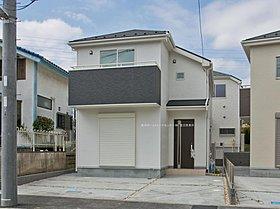 東急田園都市線「あざみ野」駅バス10分停歩3分。