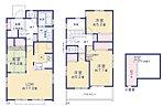 【2号棟】玄関上部吹抜。LDKはゆとりの17.25帖。人気の対面式キッチン。リビングの隣にはホッとできる和室を配置。約2.9帖ロフト付、収納充実。2部屋より出入り可能、ワイドバルコニーを南側に設置。