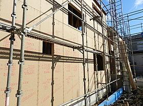耐力壁をプラスした施工をして耐震性を高めています。
