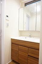 洗面台施工例(実際の間取り・色とは異なります)