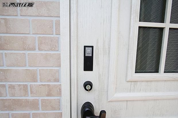 【【玄関ドアICカードキー】】ワンタッチで開錠できるので操作性に優れています。