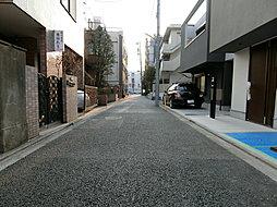 閑静な住宅街で暮らしやすい街並みでございます。