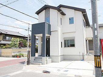 【3号地】モデルハウス1邸がただいま内覧可能となっています☆ 京都市内へもスムーズにアクセスができる亀岡東の玄関口☆生活施設が充実☆スーパーや教育施設が徒歩圏内! ※平成30年3月末撮影