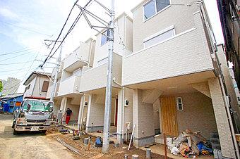 外観:多摩川も近い閑静な住宅街に全4棟!人気の武蔵小杉も利用可能!