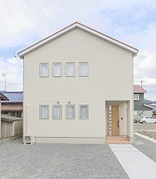 JR柚木駅まで徒歩約8分・グッデイタウン富士市松岡の外観