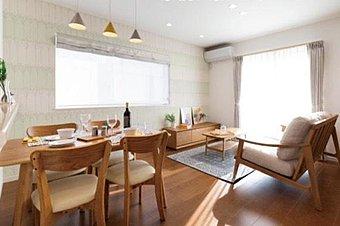 3号地モデルハウス。ご主人様に人気のシンプルでかっこいいお家。内装は流行のブルックリンスタイルで見学希望者急増中!