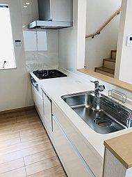 食器洗い乾燥機も標準装備です。