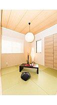 和室はリビング+ダイニングと繋がっており使いやすさ抜群。