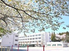 岡津小学校