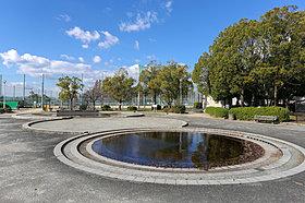 散歩やレジャーを楽しめる阪今池公園 徒歩14分(1090m)