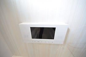 ■地デジ対応液晶TV付ユニットバス
