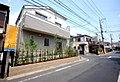【小田急線「和泉多摩川」駅まで徒歩3分で便利な暮らし、開放感ある角地です】狛江市元和泉