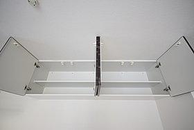キッチン吊戸棚が便利
