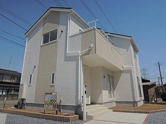 1号棟外観写真 シックなデザインの新築住宅が完成しました!見て・触れて・体感して!リアルな生活のイメージをつかみませんか?