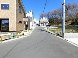 全10棟の開発分譲地 橋本、相原まで歩けます。