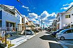 【分譲地街並み事例】 お隣の水保町と合わせると3400以上もの世帯が暮らす琵琶湖エリア。子育て世帯の方から自然とともに老後の生活を過ごす方まで、様々なライフスタイルがある街です。