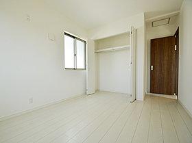 全室収納スペース付 荷物の多い方におすすめです。