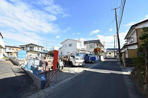 【外観】完成に向けて建築中!大切なお子様の通学に安心の徒歩5分圏内です。