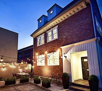 ~美しいデザインと高い技術力の家~ 参考例モデルハウス