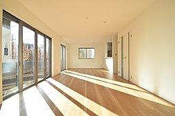 西武拝島線「武蔵砂川」駅徒歩8分~土地80坪超の新築一軒家~