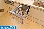 システムキッチンは食洗機付きです