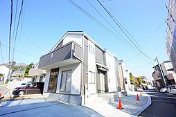 SAFE365で地震の揺れを吸収する家。町田市に住まう~駐車場...