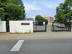 慈恩寺中学校まで2600m 昭和22年に開校。近辺には慈恩寺