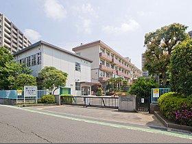 さいたま市立与野八幡小学校まで590m 昭和50年に旧与野市