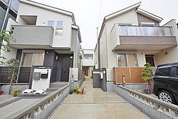自然溢れる趣のある住宅街に建つ長期優良住宅の3棟
