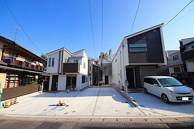 閑静な住宅街に全4棟の2階建て新築戸建が誕生。4号棟 南西側約4.5m 北西が約4mで日当たり良好・解放感もあります。是非 現地でご確認ください,4LDK,面積90.92m2~94.09m2,価格3,880~4,280万円,JR南武線「武蔵新城」駅 バス11分 徒歩4分,横浜市営地下鉄グリーンライン「東山田」駅 徒歩27分,神奈川県川崎市高津区東野川2丁目