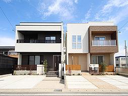敷地を活かした設計&洗練されたデザイナーズ分譲邸宅
