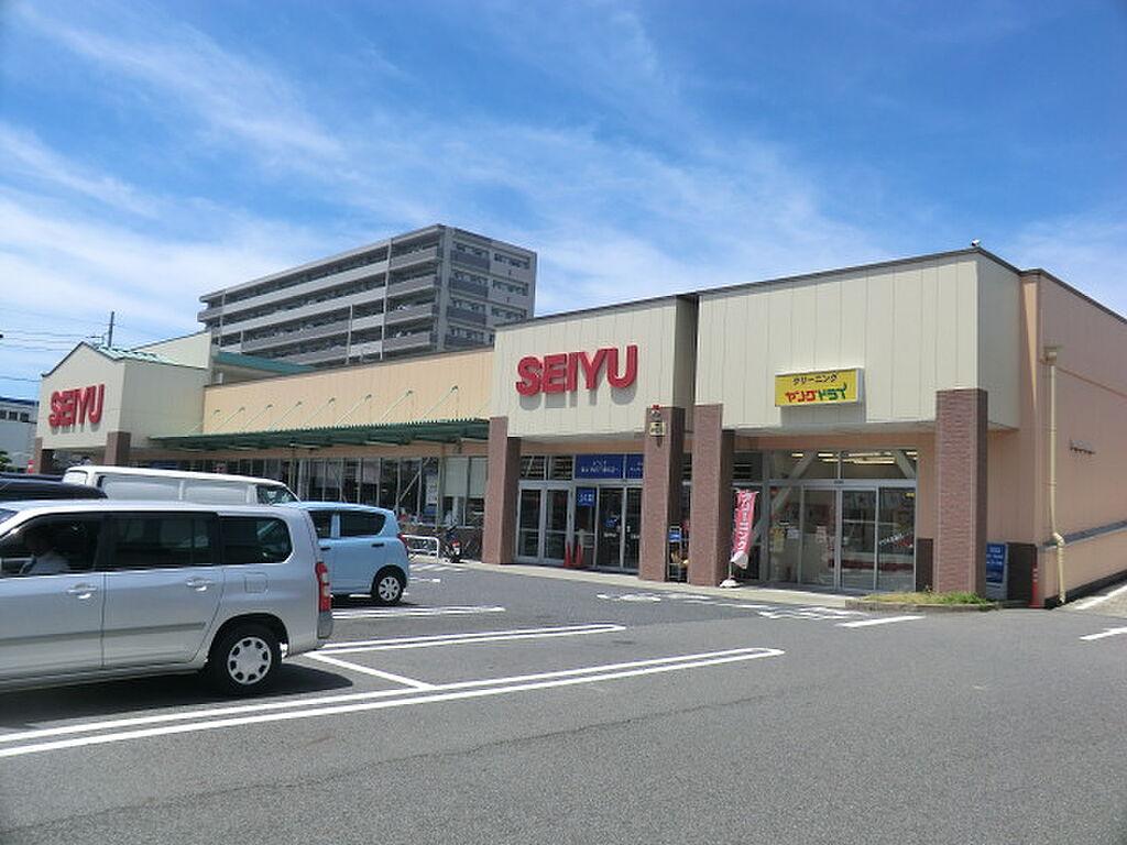 周辺(スーパー西友熱田三番町店まで709m)