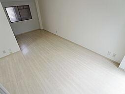 パル東須磨のキレイな洋室
