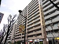 外観(駅徒歩3分の立地)
