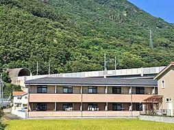 長野県上田市上塩尻の賃貸アパートの外観
