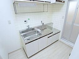 パル東須磨の調理スペースが広い使い勝手良好のキッチン
