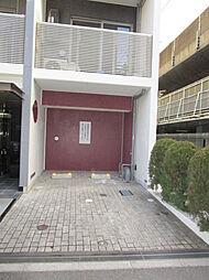 エスポワール本八幡の駐車場