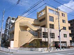 ジョーヌ・エ・ルポ[1階]の外観