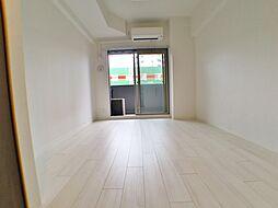 ララプレイス神戸西元町の洋室