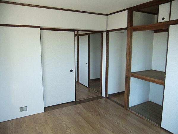 エクセル六甲の洋室タイプのお部屋もあります