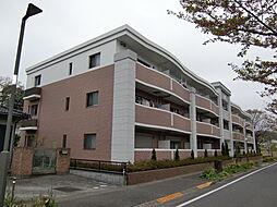 東京都八王子市西片倉1丁目の賃貸マンションの外観