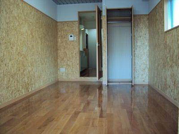 ドーリア北野東の洋室