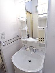 グレース田喜野井II番館の便利な独立洗面台です