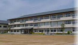 小学校小野市立河合小学校まで1732m