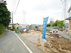 接道状況および現場風景(南側) 調布市深大寺北町4丁目