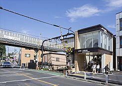 京王井の頭線「三鷹台」駅まで約490m、徒歩約7分です。