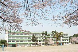 東京都西多摩郡瑞穂町大字二本木の賃貸アパートの外観