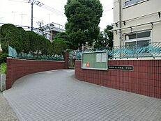 中学校板橋区立上板橋第二中学校まで505m