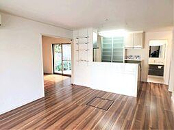 LDKはゆったり約14帖。家具を配置しやすい長方形型です。